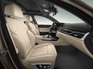 bmw_7_series_review_2015_20