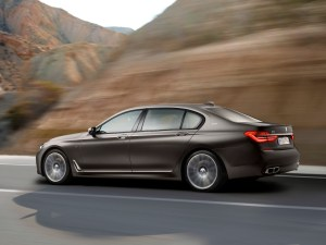 bmw_7_series_review_2015_8