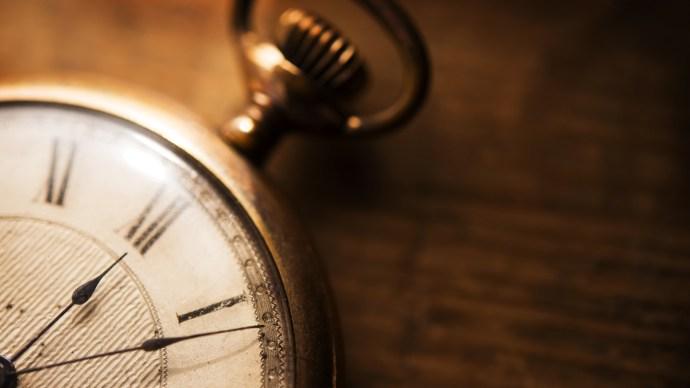 entrepreneur_tips_timing_pocket_watch