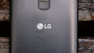 LG Stylus 2 rear