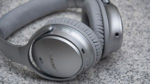 Bose QuietComfort 35 ports
