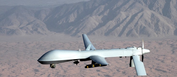 AI fighter defeats human pilot in combat simulation