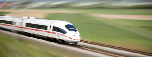 hyperloop_hs2_ice_train