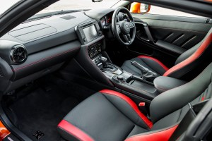2017_nissan_gt-r_review_15