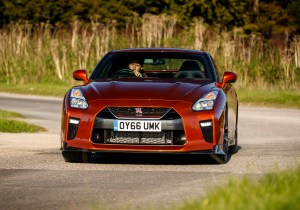 2017_nissan_gt-r_review_9