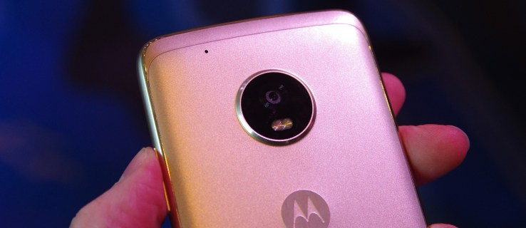 Moto G5 Plus review: Everything the Moto G5 should have been (with an incredible camera)
