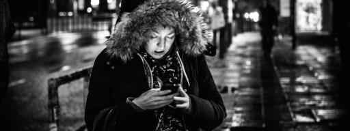 smartphone_junkies_pavement_lights_
