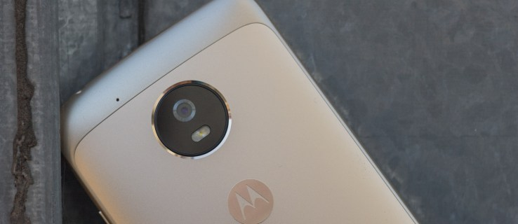 Moto G5 review: The king is dead