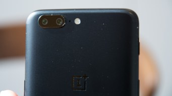 OnePlus 5 rear close up