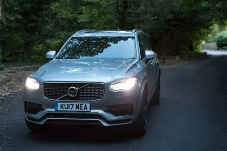 volvo_xc90_t8_r_design_2017_review_2