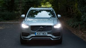 volvo_xc90_t8_r_design_2017_review_4