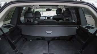 volvo_xc90_t8_r_design_2017_review_9