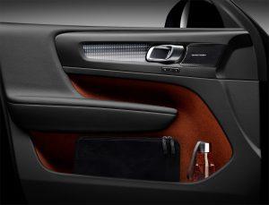 213054_new_volvo_xc40_interior