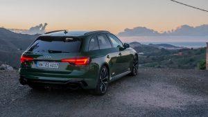 Audi RS4 Avant rear low