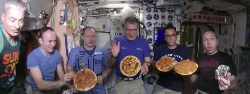 space_pizzas_do_not_look_hugely_appetising