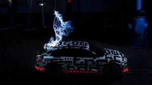 audi_e-tron_concept_car_electricity_strike1