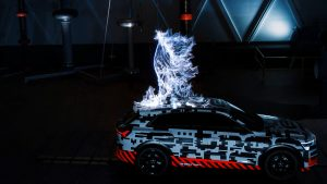 audi_e-tron_concept_car_electricity_strike2
