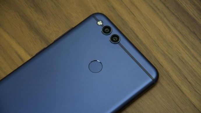 best_android_phones_-_honor_7x