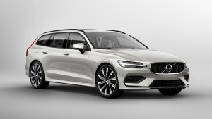 sponsored-new-volvo-v60-exterior_0