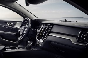 sponsored_new_volvo_v60_interior