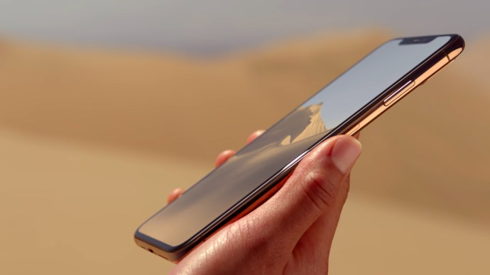 iphone_xs_gold