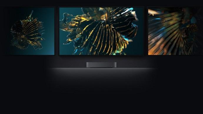 apple_mac_mini_with_multiple_monitors
