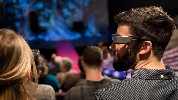 ar_national_theatre_glasses_epson_-_audience_face_side