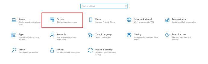 Windows 10 Settings menu.