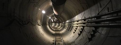 elon_musk_boring_company_la_tunnel_1