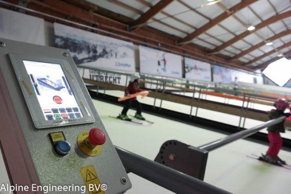 Revolving indoor ski slope