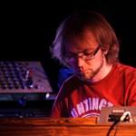 Kebu y el renacer de los sintetizadores vintage
