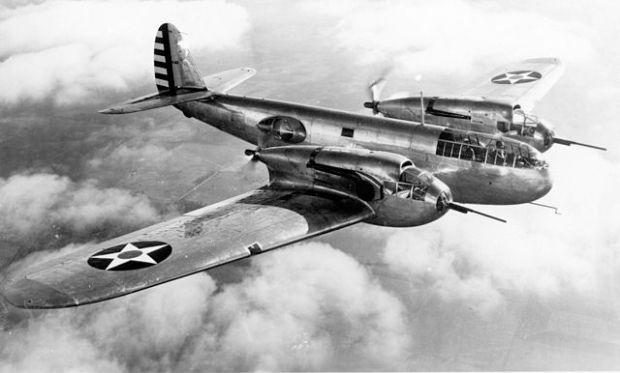Un atractivo, pero fallido, proyecto de avión militar estadounidense de 1937. En todo caso, visualmente muy atractivo, o al menos llamativo.
