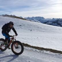 Fatbike: Rasant: Bei der Geschwindigkeit auf Downhill-Strecken müssen die Winter-Biker keine Abstriche machen.