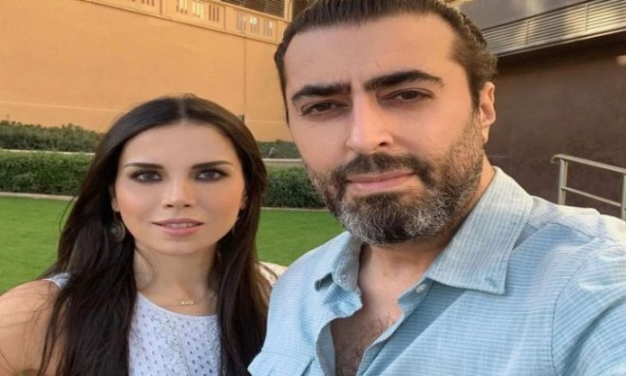 Basem Yakhour causes his wife to cry .. Why? - (picture)