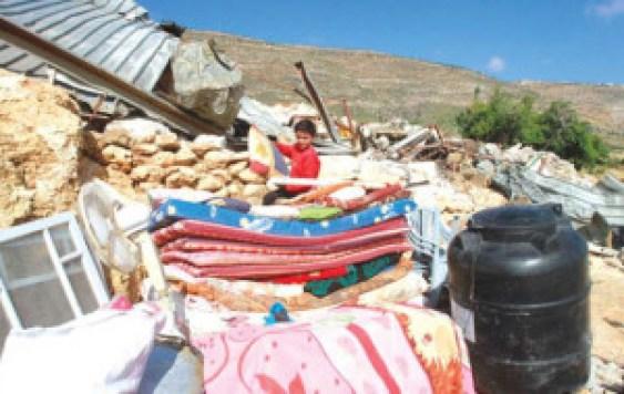 Nablus – Israeli forces demolish a Palestinian house in Kherbet al-Tawee