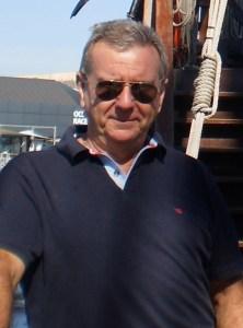 Entrevista a Luis Molinos, escritor