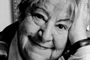 Conoce a Gloria Fuertes, poeta y narradora española