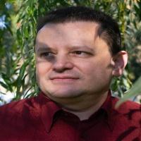 Entrevista Eduardo Caballero escritor