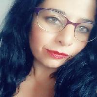 Entrevista a Azucena Valverde, escritora alicantina