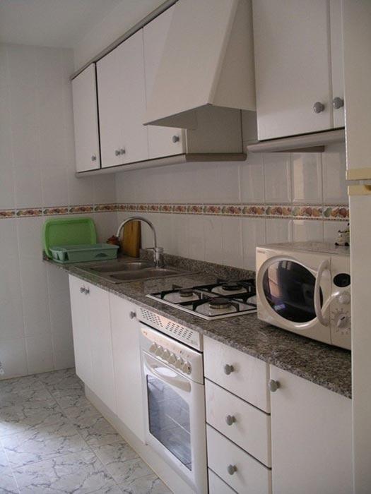 Alojamientos turisticos en la playa de denia y golf la sella. Alquiler apartamento denia €86 al día, capacidad 6 ...