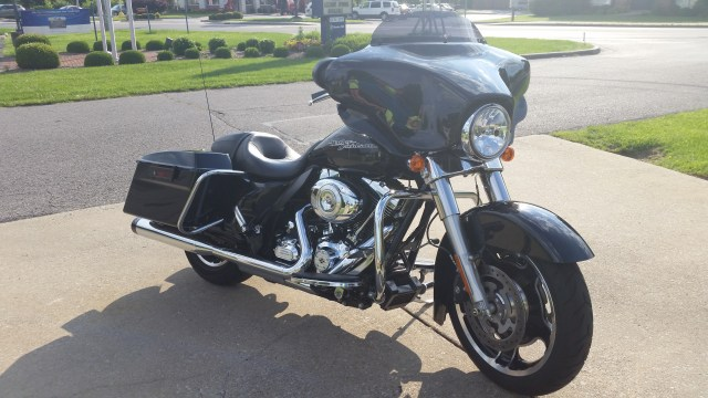 2013 H-D Street Glide Right Side View