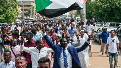 مخاوف من تداعيات المحاور على الانتقال الديموقراطي في السودان
