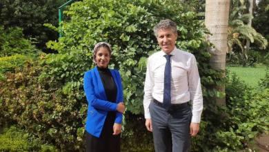 نائب سفير بعثة الإتحاد الأوروبى يلتقي الناشطة آلاء صلاح