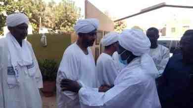 د. جبريل ابراهيم رئيس حركة العدل والمساواة في زيارة لمنزل حسن عبد الله الترابي صباح اليوم