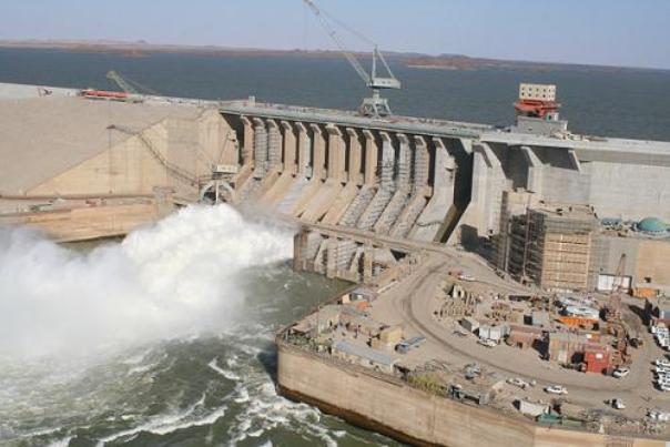 مصر وتركيا تزودان السودان بالطاقة الكهربائية