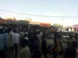 """مراقبون : فشل السلطات فى حماية وسط الخرطوم سببه إتساع نطاق """"التظاهرات"""""""