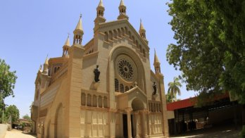 المركز الافريقي: الانتهاكات والاعتداءات على ممتلكات غير المسلمين في السودان