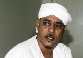 موسى هلال يدعو القبائل العربية في دارفور لتوجيه رصاصها للحكومة