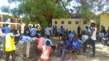 طلاب شمبات تحت الحصار: نتناوب لحماية السكن خشية اقتحامه من الشرطة والامن
