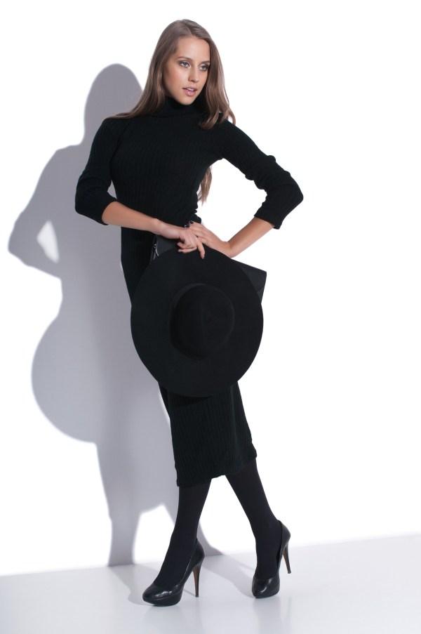 Długa sukienka z golfem